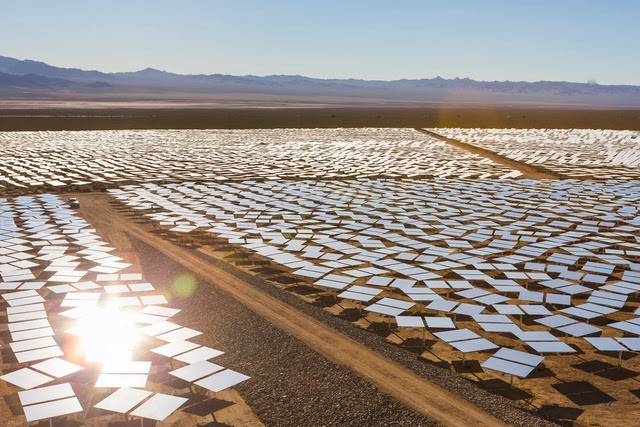 The World's Largest Solar Plant Started Creating Electricity Today (6)