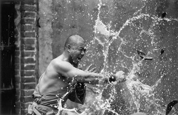 Shaolin Monks Training (18 pictures) (11)