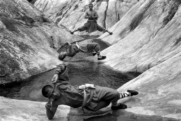 Shaolin Monks Training (18 pictures) (2)